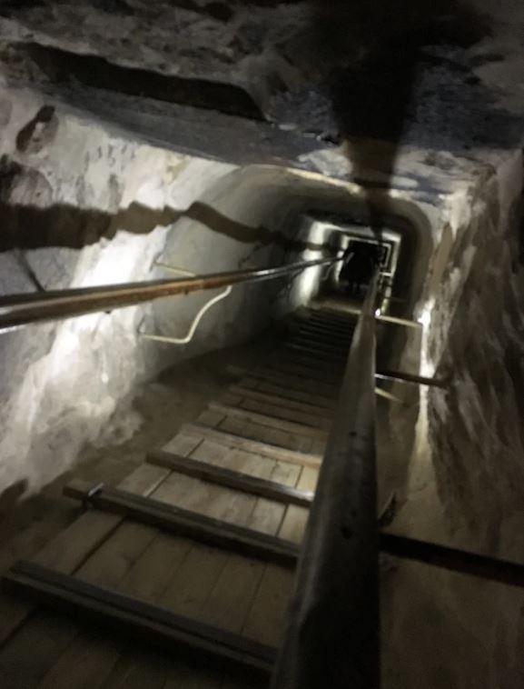 Photo 7 Pyramid Interior